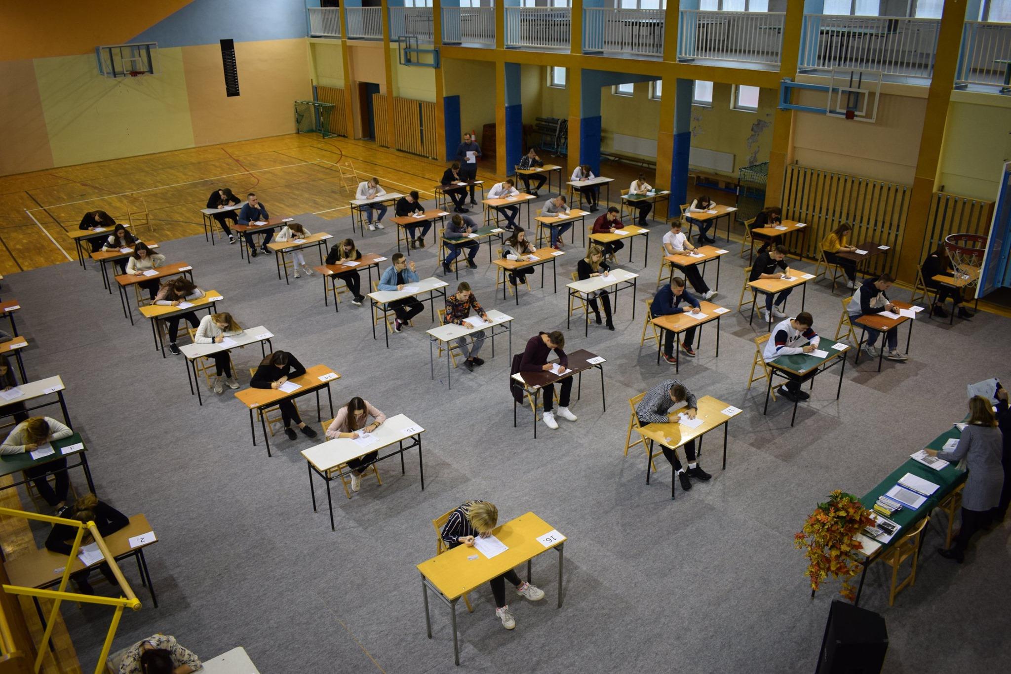 Egzamin maturalny w terminie poprawkowym